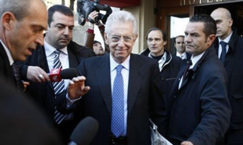 Tras la llegada de Monti al poder, los bonos italianos a 10 años se mantenían por debajo del 7%. (Foto: AP)