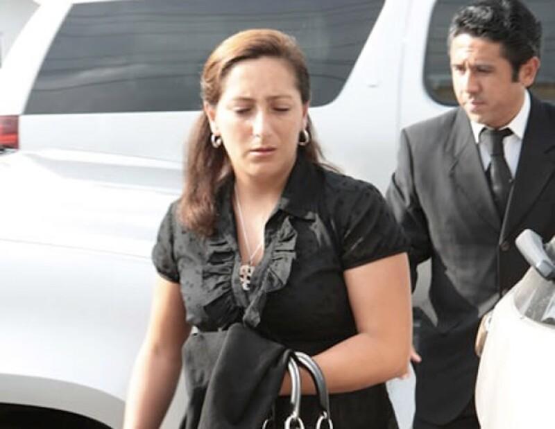 Adriana Ruiz Massieu llegó al funeral del padre de Arturo Montiel.