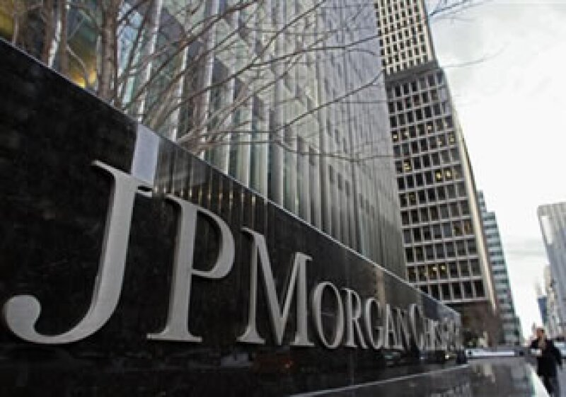 Los grandes paquetes salariales para banqueros continúan siendo un punto de conflicto para inversores. (Foto: AP)