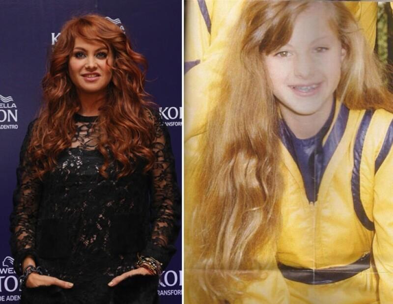 """Mediante un """"TrowhbackThursday"""" la cantante publicó una foto en Twitter cuando era rubia y pequeña, justo en sus años de Timbiriche."""