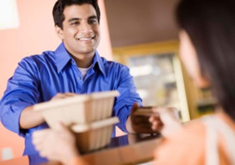 """Hay técnicas como """"mystery shopping"""" que te ayudan a controlar los aspectos que involucran la atención al cliente. (Foto: Jupiter Images)"""