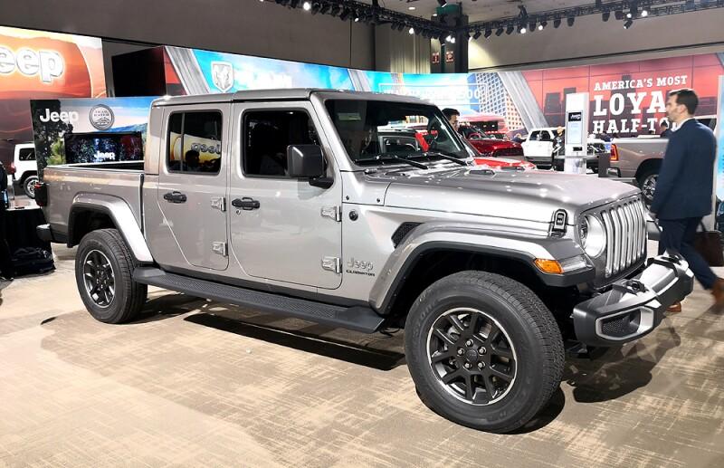 Jeep-Gladiator-gris.jpg