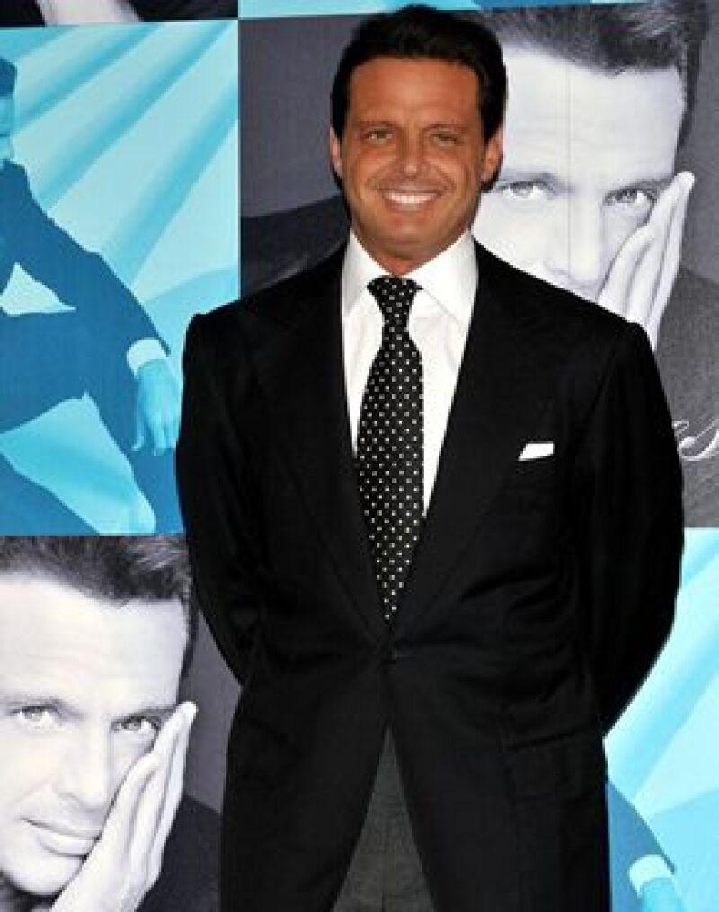 El cantante mexicano es el artista latino más lucrativo en Estados Unidos.