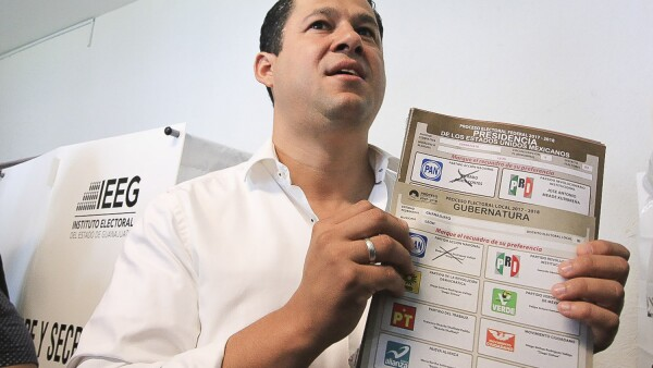 Diego Sinhué.