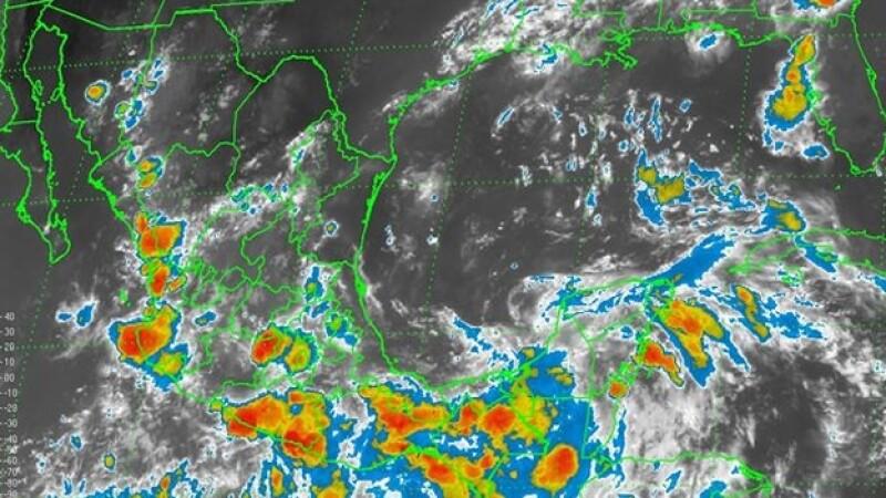 El territorio mexicano presentará lluvias en las próximas horas por tres fenómenos meteorológicos, reportaron las autoridades