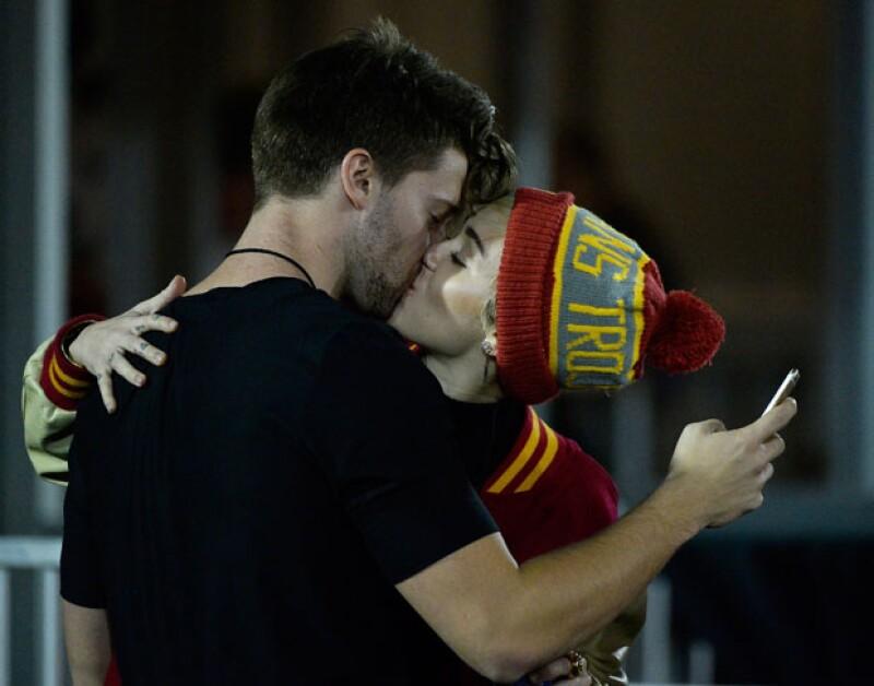 Todo indica que quien ha sido identificada como Natalie y Patrick Schwarzenegger son mejores amigos, y es que él mismo se la presentó a Miley Cyrus en una de sus primeros dates.