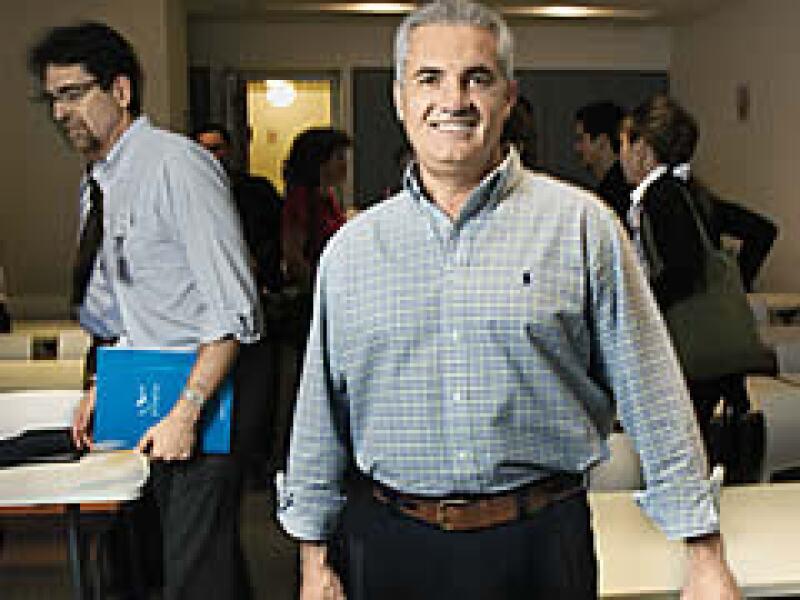 Enrique Martínez, fundador de Benesta, quiere que los altos márgenes del sector financiero pasen a sus distribuidores. (Foto: Alfredo Pelcastre / Mondaphoto)