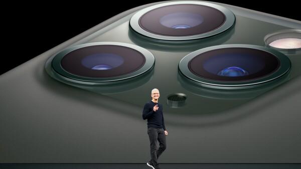 Apple_Keynote-Event_Tim-Cook_091019.jpg