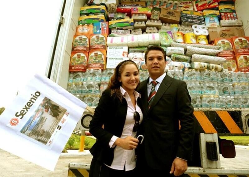 Los recién casados viajaron a Guerrero para entregar víveres a damnificados por las lluvias.