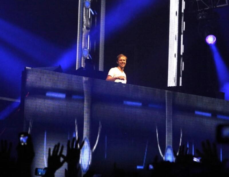 La Arena Ciudad de México fue testigo del talento de Armin Van Buuren.