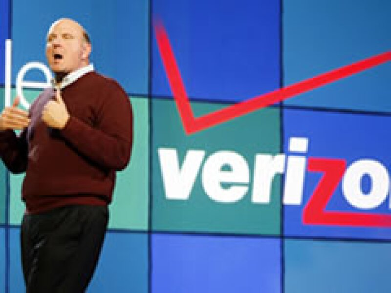 Es la primera vez que Steve Ballmer realiza el discurso en el CES, en lugar de Bill Gates. (Foto: Reuters)