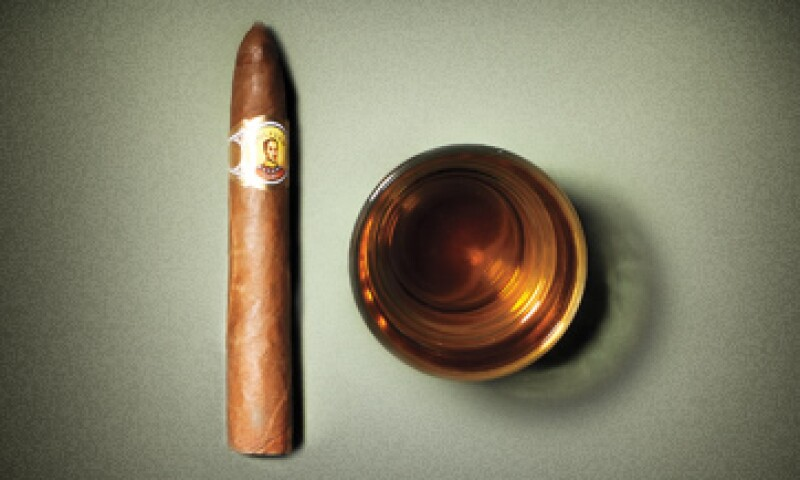 El sabor de un habano se intensifica a medida que se fuma. (Foto: Marc Fauche)
