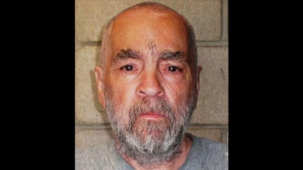 Charles Manson, el líder del culto asesino de los 60, muere a los 83 años