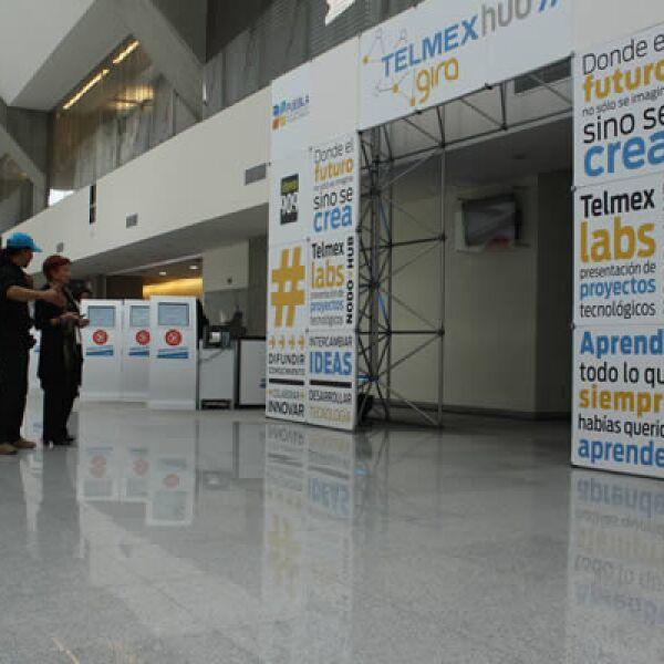 Esta convención se realizó en el Recinto Ferial de Puebla, en el que se instaló una red de fibra óptica que permite una velocidad de descarga superior a los 2 gigabits por segundo.