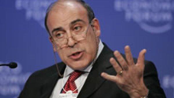 Muhtar Kent, CEO de Coca Cola Company, dijo que apoyará el plan anticrisis en México. (Foto: AP)
