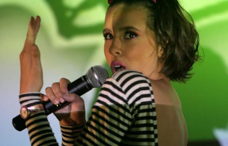 """La actriz resaltó que """"Barbie: Moda mágica en París"""" lleva un mensaje positivo a los niños y sus papás."""