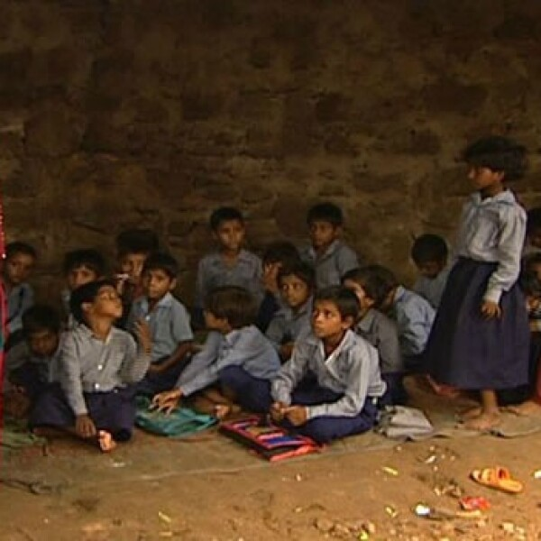 Anil Kapoor trata de personas India 08