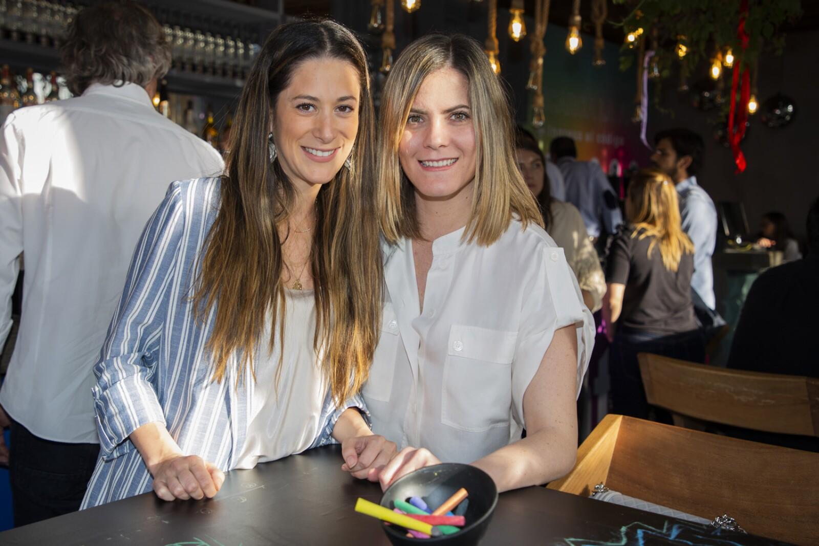 Isabel Fernandez, Andrea Chavero