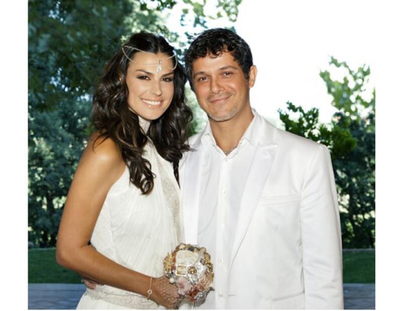 Así lucieron Alejandro Sanz y Raquel Perera el día de su boda. (Foto:Especial).