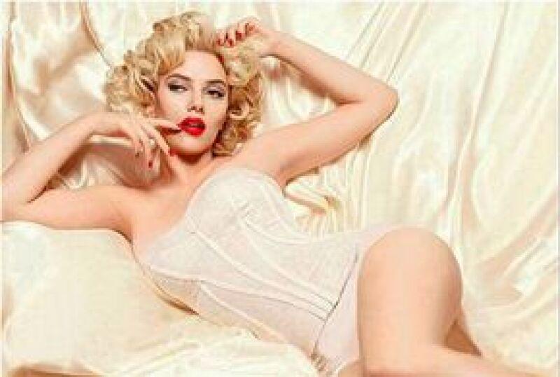 La actriz será el rostro de la nueva línea de cosméticos de la reconocida marca italiana. Para la campaña, las fotos de la estadounidense se inspiran en la sexy Marilyn Monroe.