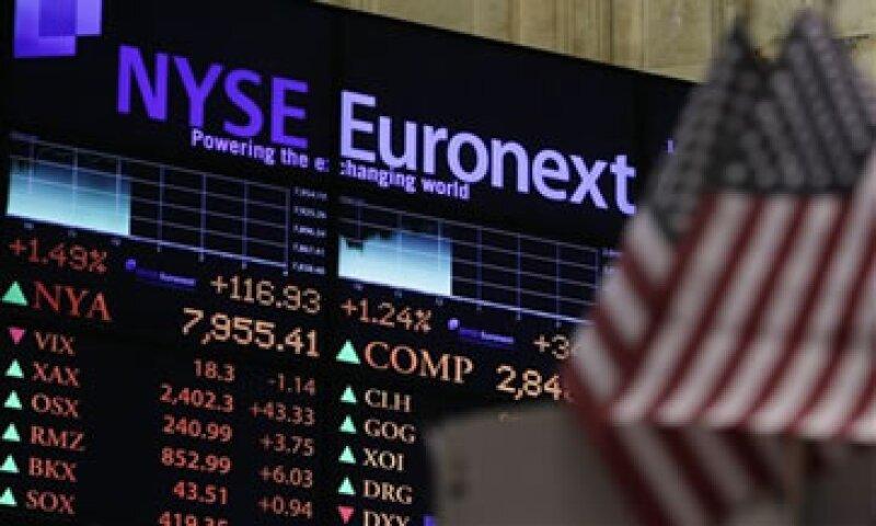 ICE acordó la compra de NYSE Euronext en una operación valuada en 8,200 mdd.  (Foto: AP)