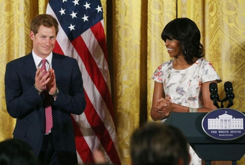 El Príncipe fue recibido con unas palabras de bienvenida por parte de la esposa del presidente de Estados Unidos, Barack Obama.