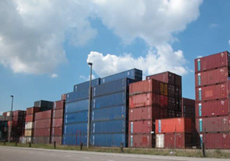 Pese a que la caída comercial continúa, la OCDE considera se ha reducido. (Foto: Cortesía SCX)