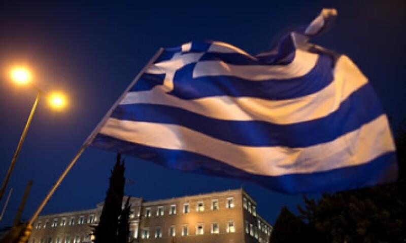 Grecia discute los términos de un rescate por hasta 86,000 mde. (Foto: Reuters )