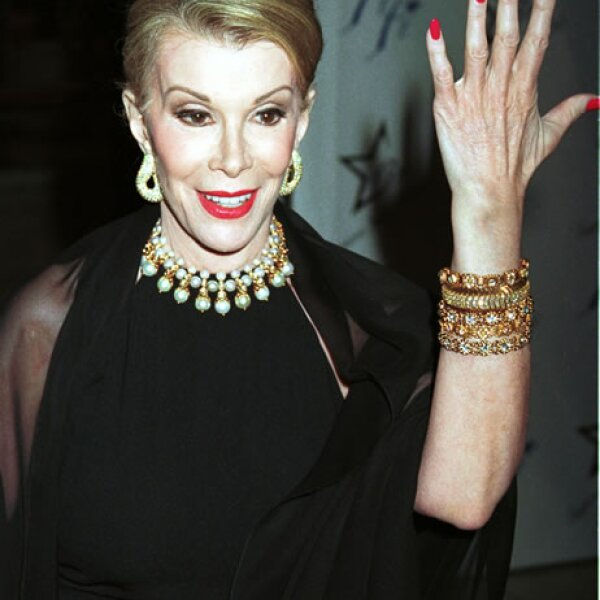 Sin embargo se encargaba de lucir impecable a los eventos a los que la invitaban. Año 2000.