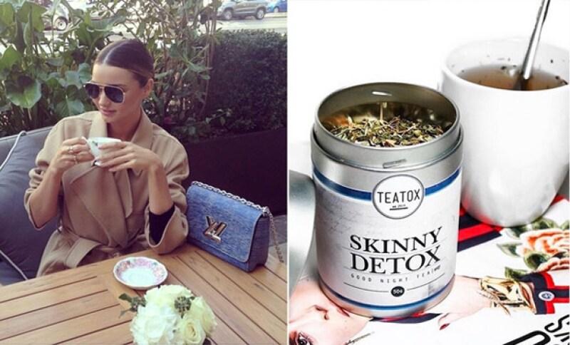 Miranda Kerr también es una amante del té, y lo incluye en su dieta.
