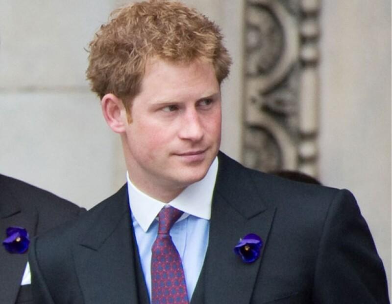 l nieto de Isabel II, destacado como militar en Afganistán, encabeza una encuesta realizada por la revista &#39America&#39s Town & Country&#39 sobre los famosos sin compromiso más deseados del momento.