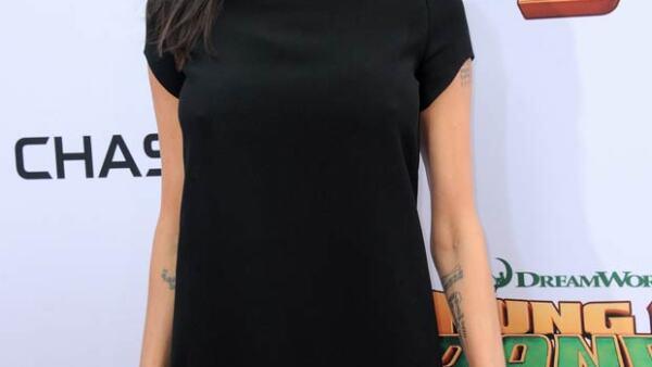 Angelina Jolie no es la única celeb cuyo cambio físico ha sorprendido a todos. ¿Qué otras mujeres han comenzado a ser el centro de atención por este tema?