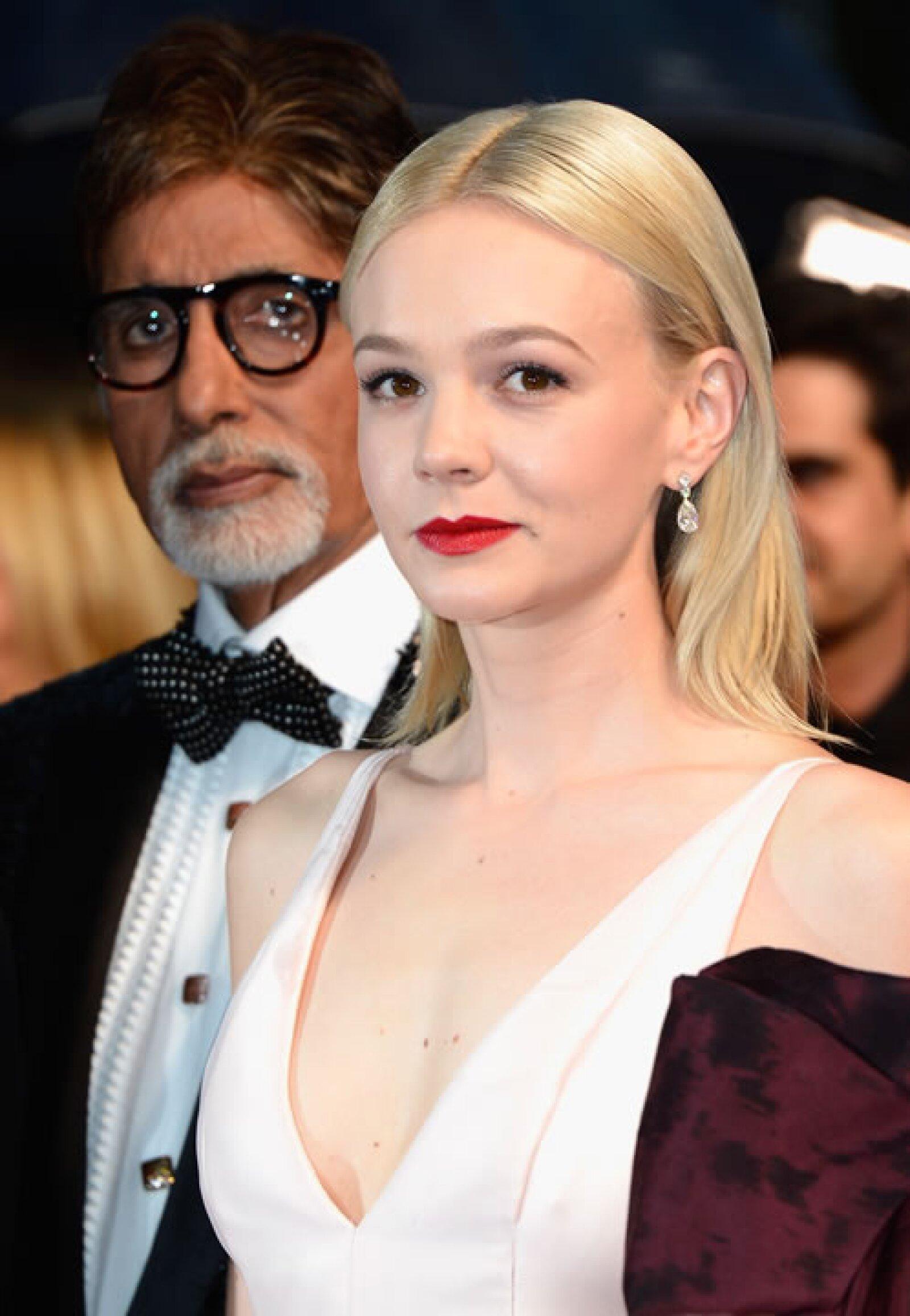 Carey Mulligan eligió piezas sencillas de la firma para el festival de Cannes de 2013.
