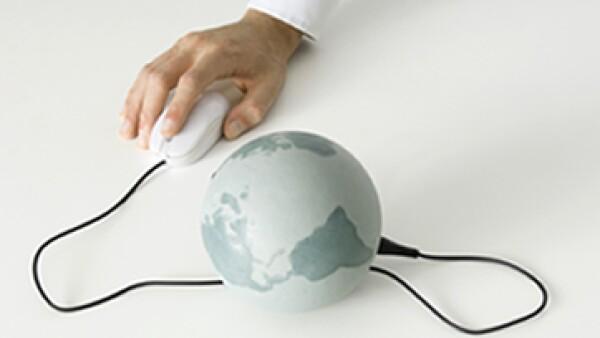 Que la conexión a internet esté al alcance de todo mundo no significa que deba ser gratis, pero sí accesible, dice Nelson Mattos a la edición de mayo 2013 de ExpansiónCEO. (Foto: Getty Images)