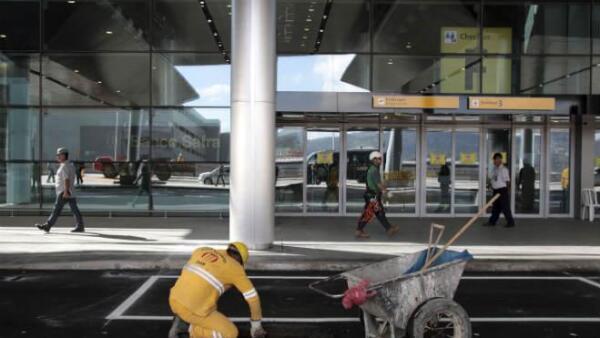 Obras en el aeropuerto internacional de Guarulhos, en Sao Paulo, Brasil