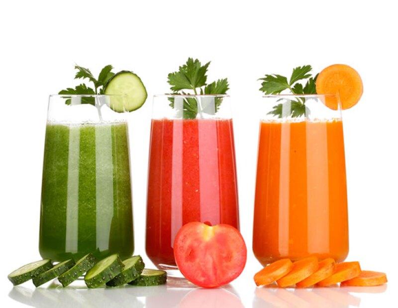 El juice cleanse es ideal si quieres ingerir más frutas y verduras.
