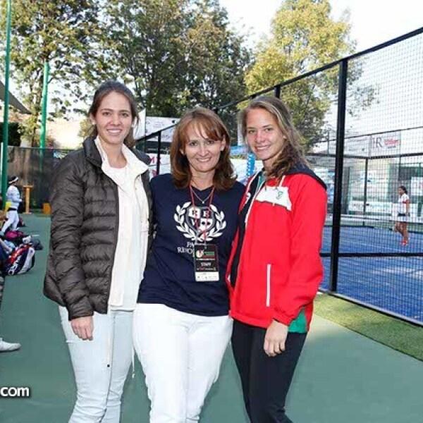 Ana Paula,Claudia y Mariana Villazón