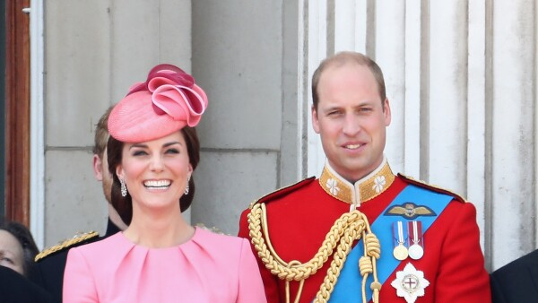 William y su familia Trooping the Colour 09 Jun 2018