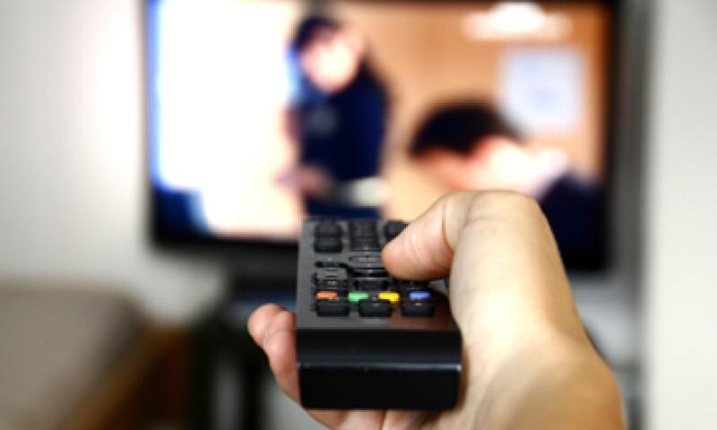Televisa y TV Azteca acaparan cerca del 95% de las frecuencias en México. (Foto: Getty Images)