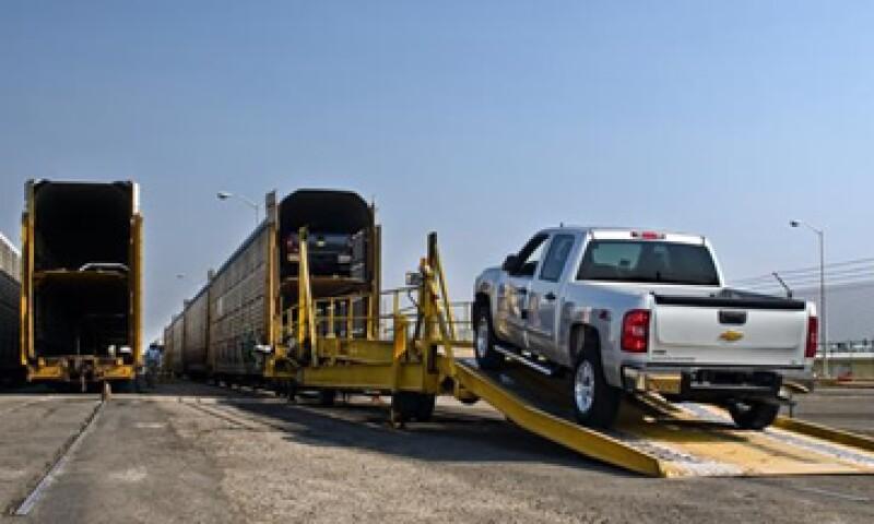 La AMIA reportó una caída de 3.3% en las exportaciones totales de vehículos, al cierre de agosto. (Foto: Ramón Sánchez Belmont)