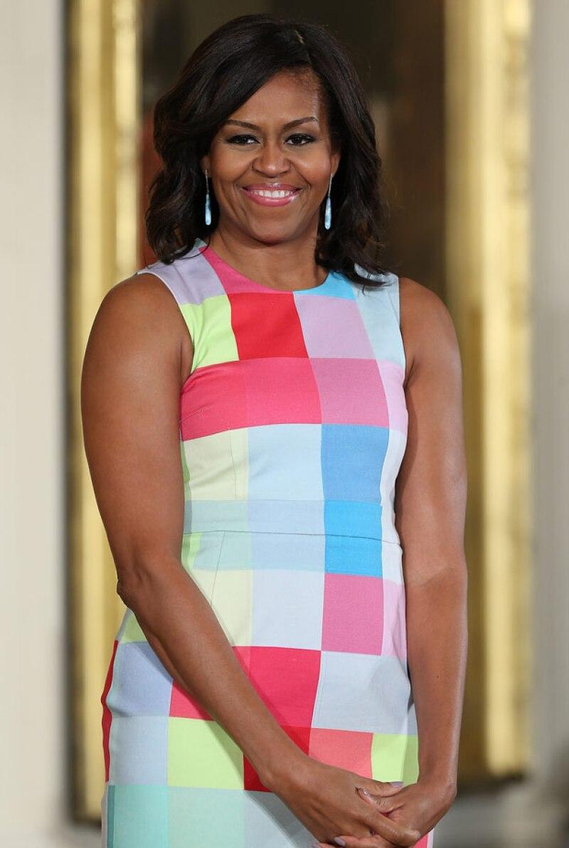 La primera dama de Estados Unidos compartió un video en iNSTAGRAM en el que da algunos tips a sus seguidores para ejercitarse diariamente.
