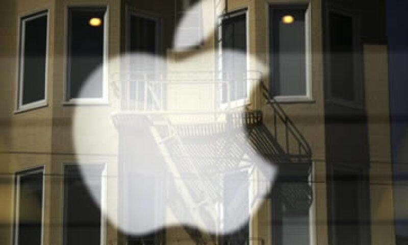 Apple autorizó una  división de sus acciones por siete. (Foto: Reuters)