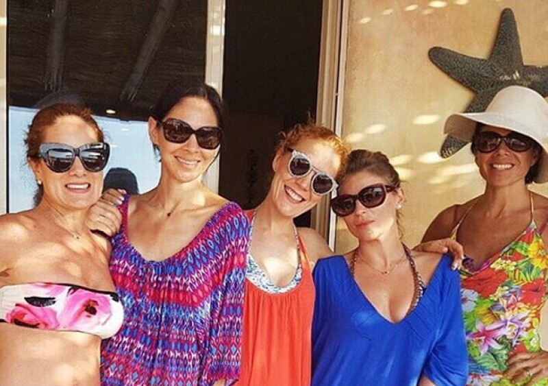 Las amigas disfrutaron unos días juntas en Baja California Sur y por supuesto se tomaron la foto del recuerdo que casi todas compartieron en Instagram.