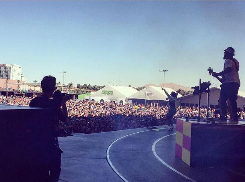 Ogulloso, Wilmer publicó está imagen de la exitosa presentación de su novia.