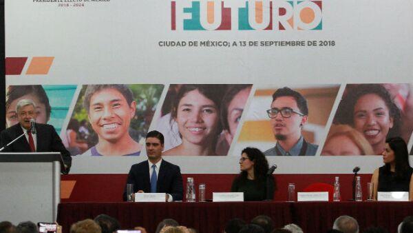 presentaci�n del programa J�venes Construyendo el Futuro de AMLO
