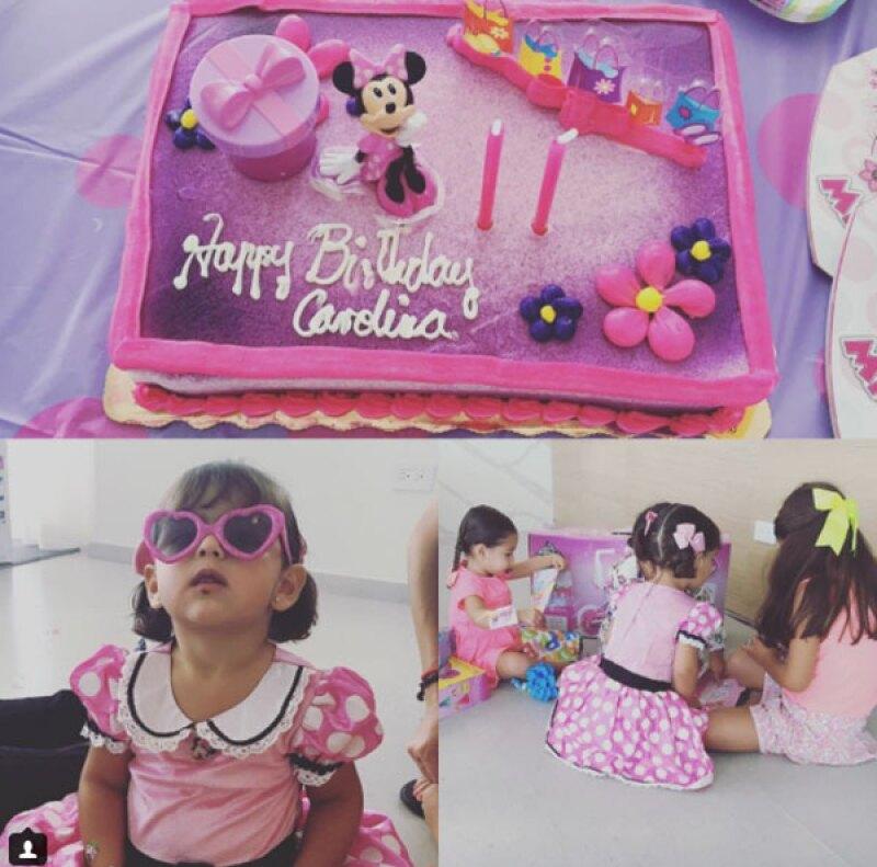 La pequeña Carolina festejó su cumpleaños con una mini fiesta de Minnie Mouse.