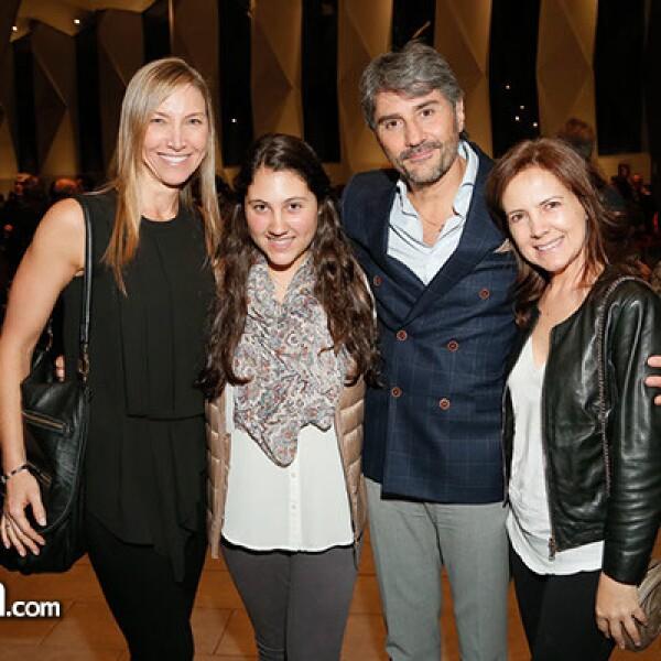 Glenda Furszyfer, Michelle, Ricardo y Marizza Baston