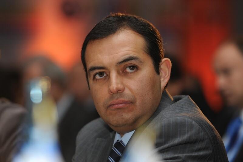 Ernesto Cordero consideró que de darse una degradación en la nota de EU, habrá más flujo de capitales hacia México. (Foto: Notimex)