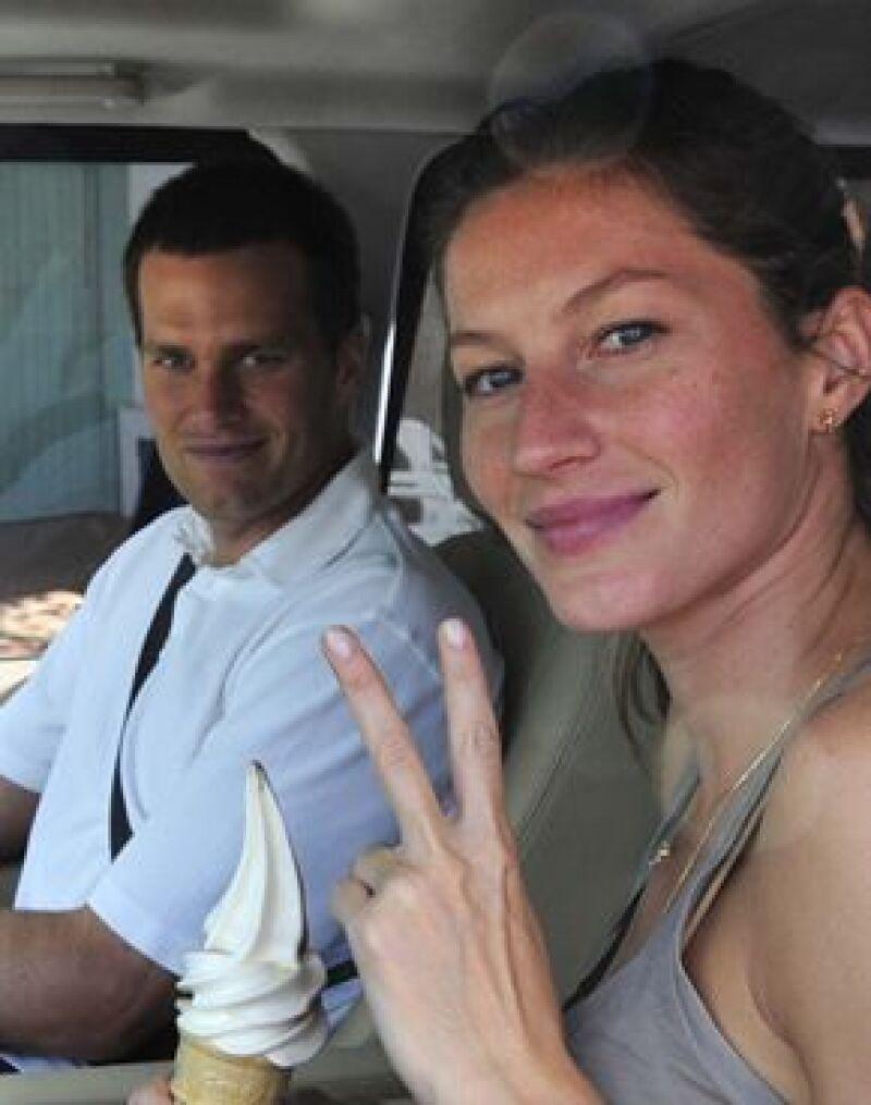La top model brasileña y el jugador de fútbol americano viajaron por primera vez juntos, luego de su reciente boda celebrada en secreto a finales del mes pasado.