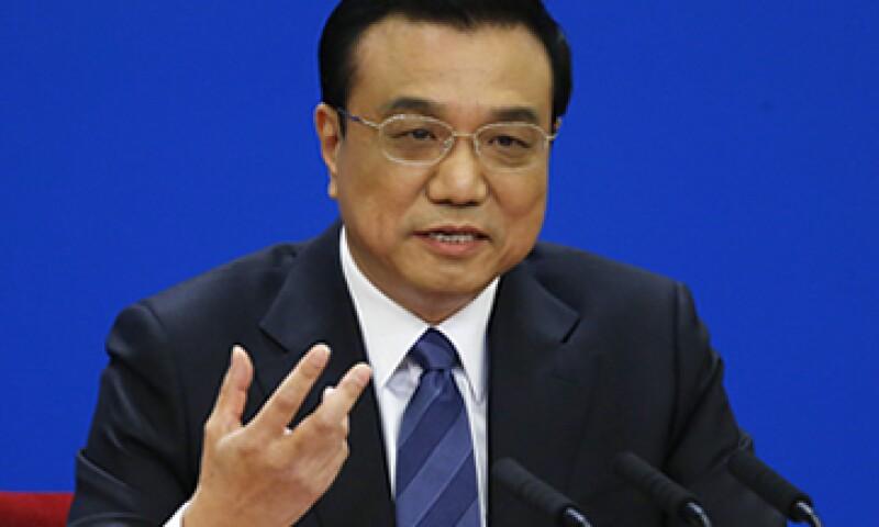 El primer ministro chino, Li Keqiang, ha dicho que la economía del país es lo suficientemente robusta como para defenderse de los posibles riesgos. (Foto: Reuters)